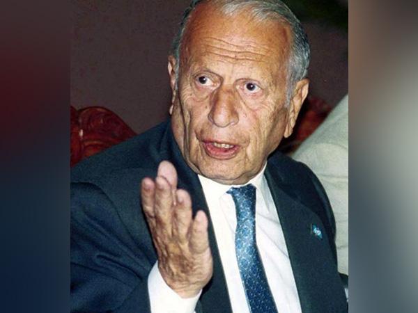 Veteran Pakistani diplomat 95 passed away in Karachi.