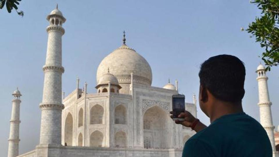Government allows photography at all protected monuments except Ajanta Caves, Leh Palace and Taj Mahal