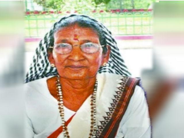 Kumaoni folk singer Kabutari Devi dies